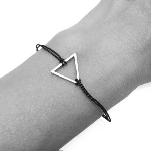 armband-open-triangle-blau-arm